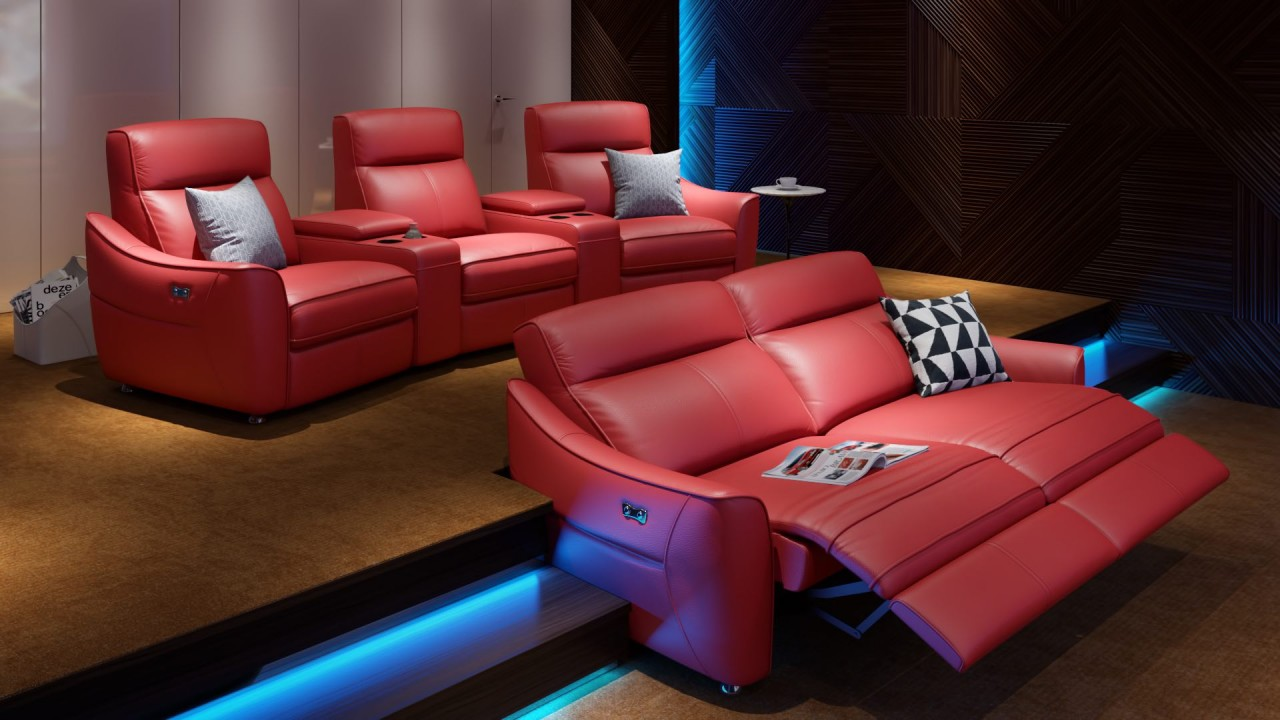 Heimkino mit roten Sofas